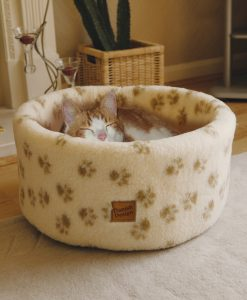 Sherpa Fleece Cat Cosy Bed by Danish Design