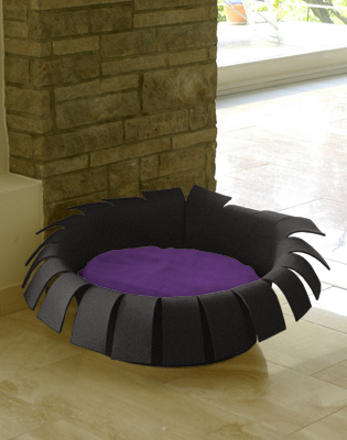Luxury Crown Felt Cat Bed Anthracite Violet
