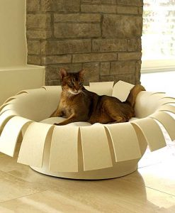 Luxury Crown Felt Cat Bed Cream Cream