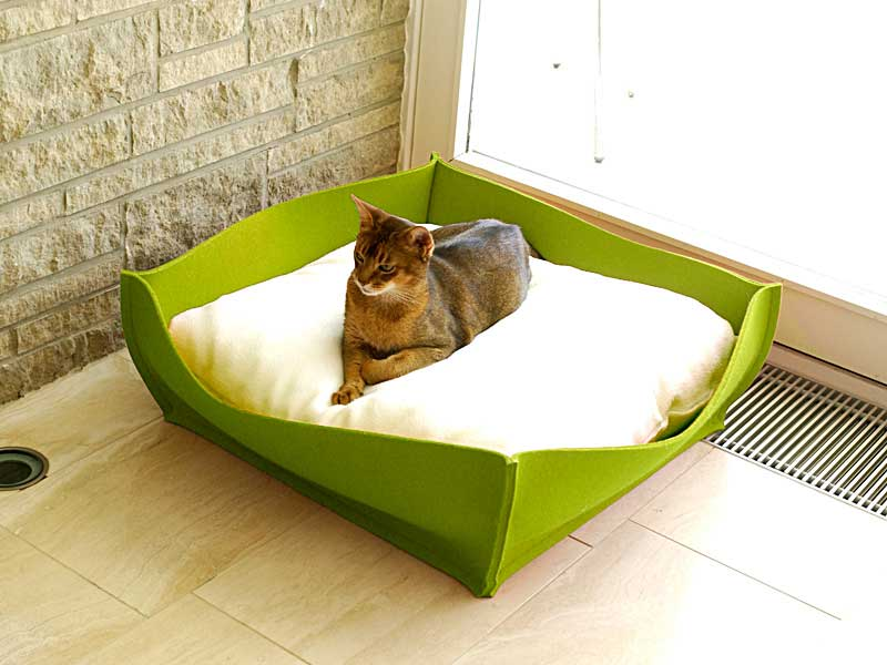 Luxury Felt Bowl Cat Bed Green Cream