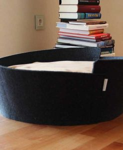Luxury Lido Felt Cat Bed Black Cream