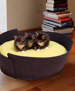 Luxury Lido Felt Cat Bed Black green