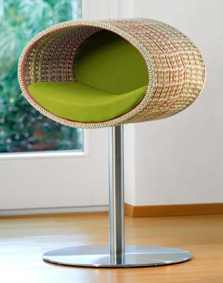 Luxury Rondo Crochet Cat Stand Green