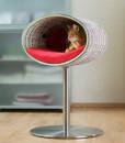 Luxury Rondo Crochet Cat Stand Red