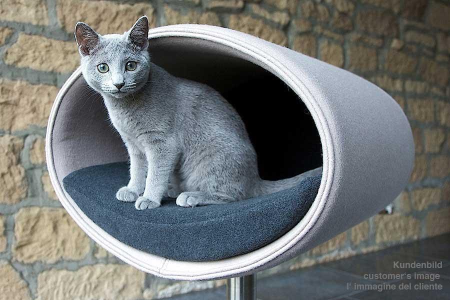 Luxury Rondo Felt Cat Stand 2