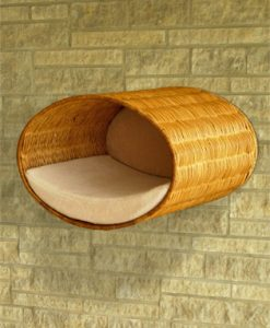 Luxury Rondo Wall Wicker Cat Bed Cream