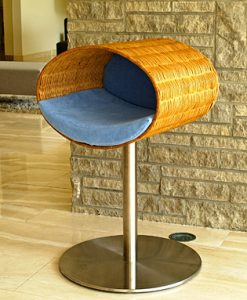 Luxury Rondo Wicker Cat Stand Blue