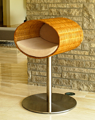 Luxury Rondo Wicker Cat Stand Cream