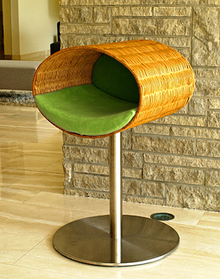 Luxury Rondo Wicker Cat Stand Pea Green
