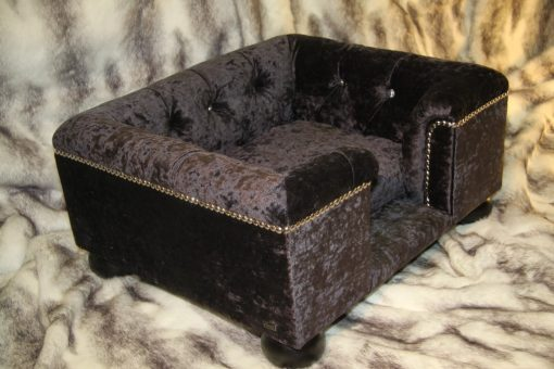 Sandringham Cat Chesterfield Ebony Crushed Velvet