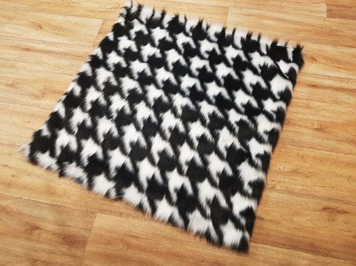 Luxury Tissavel Houndstooth Faux Fur Cat Blanket