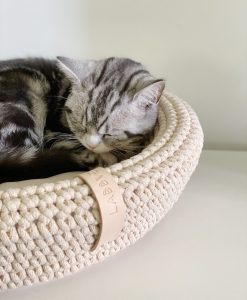 Coco Cat Bed Beige by Labbvenn